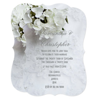 Cartão Flores brancas no casamento do vestido das noivas