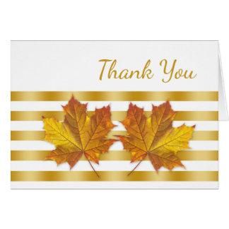 Cartão Folhas de bordo douradas, obrigado das listras