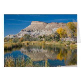 Cartão Foto do outono de Mt.Garfield e de lagoa