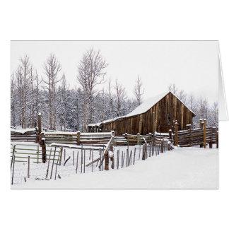 Cartão Fotografias de cena rurais nevado do celeiro