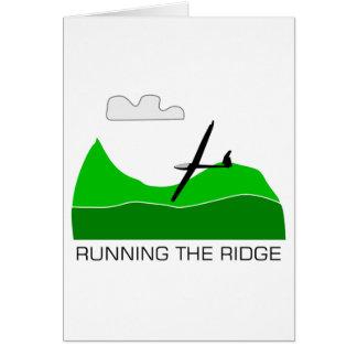 Cartão Funcionando o deslizamento subindo de Ridge…