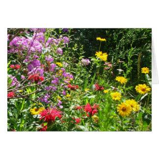 Cartão Fundo do jardim da casa de campo