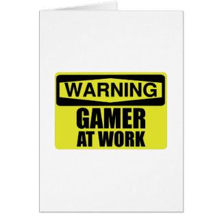 Cartão Gamer do sinal de aviso no trabalho engraçado