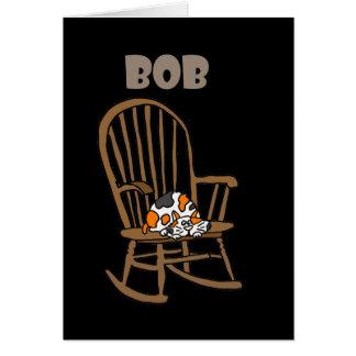 Cartão Gato de chita engraçado na cadeira de balanço