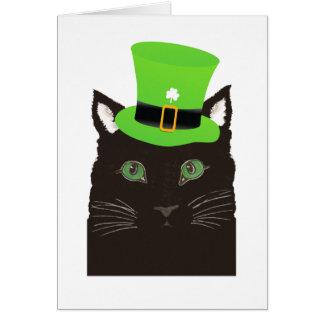 Cartão Gato preto do dia de St Patrick que veste o chapéu
