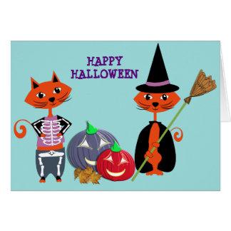 Cartão Gatos bonitos felizes do Dia das Bruxas