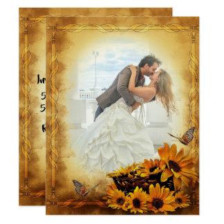 Cartão Girassóis dourados e borboletas que Wedding