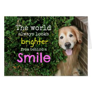 Cartão Golden retriever atrás de um sorriso