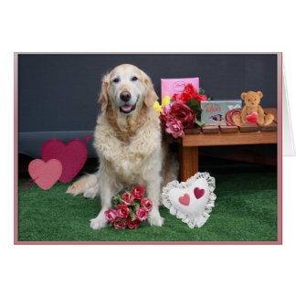 Cartão Golden retriever com flores & chocolates