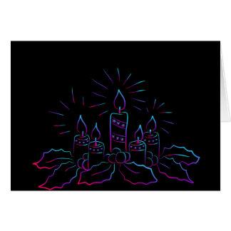 Cartão Grinalda elegante do Natal e velas do preto do