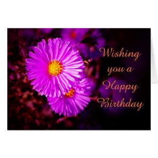 Cartão Happy Birthday com ásteres pink