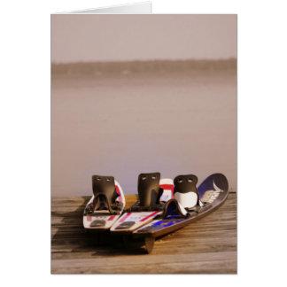 Cartão hora perfeita de esquiar!