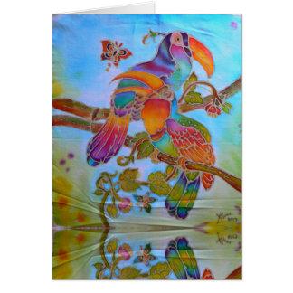 Cartão Hornbills do Batik no arco-íris pintado à mão