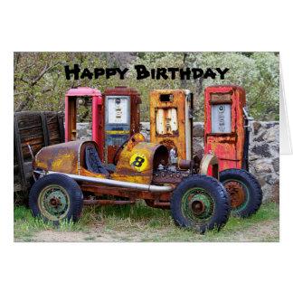 Cartão Humor do carro de corridas do feliz aniversario