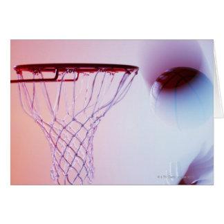 Cartão Ideia borrada do basquetebol que entra na aro
