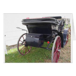 Cartão Ideia traseira da carruagem antiquado do cavalo no