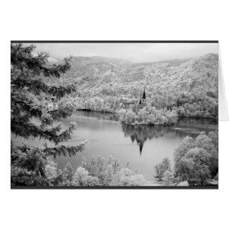 Cartão Imagem preto e branco do lago sangrada, Slovenia