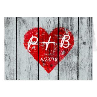 Cartão Iniciais de madeira do coração