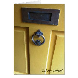 Cartão irlandês da aldrava de porta