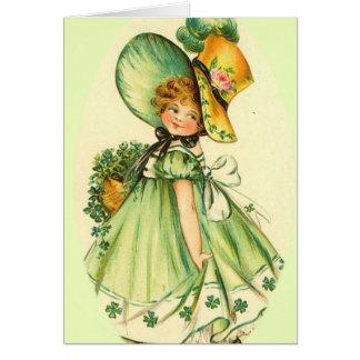 Cartão irlandês pequeno da menina