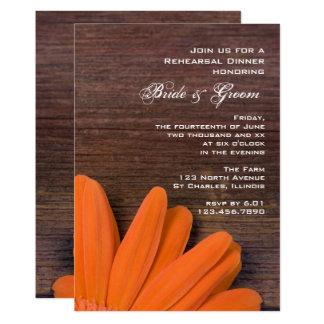 Cartão Jantar de ensaio rústico do casamento do celeiro
