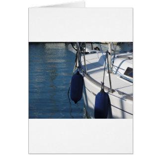 Cartão Lado esquerdo do barco de navigação com os dois