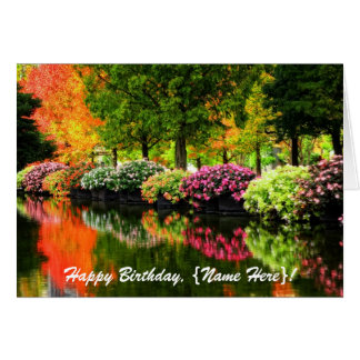 Cartão Lagoa colorida das flores das árvores bonitas do