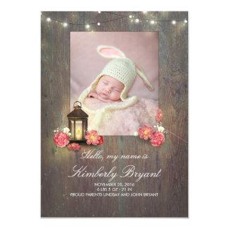 Cartão Lanterna do vintage e nascimento de madeira