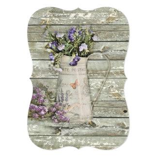 Cartão lavanda de madeira whitewashed do verão da casa da
