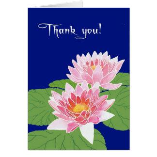 Cartão Lírios de água cor-de-rosa bonitos no obrigado
