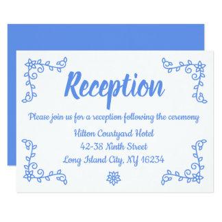 Cartão Louro azul floral da recepção de casamento do
