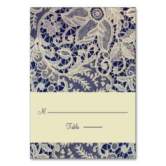 Cartão Lugar moderno da escolta do casamento dos azuis