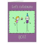 Cartão lunático do feliz aniversario dos Doodles
