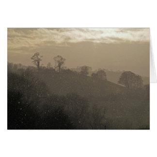 Cartão Luz do sol e chuva da noite! Colinas & paisagem