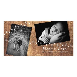 Cartão Luzes Strewn Natal da madeira das fotos do amor da