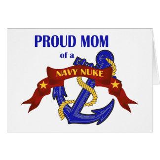 Cartão Mamã orgulhosa de umas armas nucleares do marinho