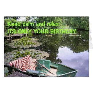 Cartão Mantenha a calma, cómico