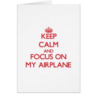 Cartão Mantenha a calma e o foco em meu avião