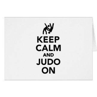Cartão Mantenha a calma e o judo sobre