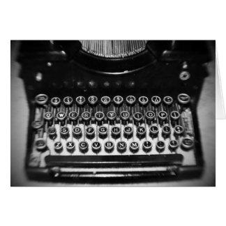 Cartão Máquina de escrever preto e branco