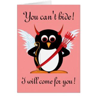 Cartão mau dos namorados do Cupido do pinguim