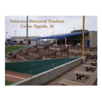 Cartão - Memorial Stadium dos veteranos - 2011-03