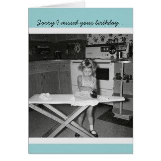 Cartão Menina do 50 do vintage que passa o feliz
