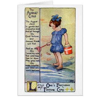 Cartão Menina do aniversário de agosto na praia