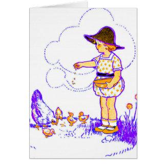 Cartão Menina que alimenta lhe pintinhos do bebê