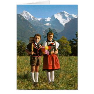 Cartão Menino e menina suíços
