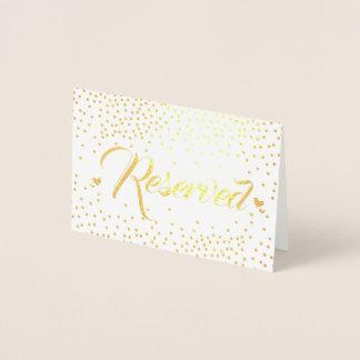 Cartão Metalizado Confetes da folha de ouro reservados