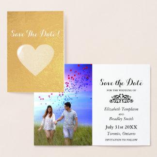 Cartão Metalizado Economias da foto do noivado do coração da folha a
