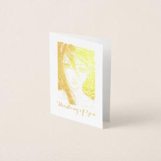 Cartão Metalizado Mensagem dourada da menina, pensando de você