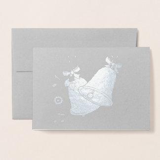 Cartão Metalizado Natal Bels e notas musicais